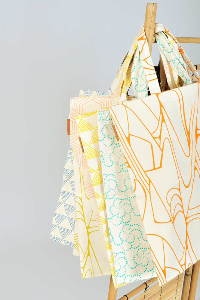 TOTE BAG / SHELL