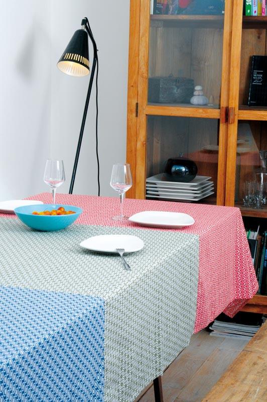 nappe 160x160 midnight moon par baobab 49 00. Black Bedroom Furniture Sets. Home Design Ideas