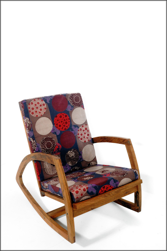ROCKING CHAIR / MING