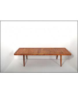 TABLE BASSE MOLDE