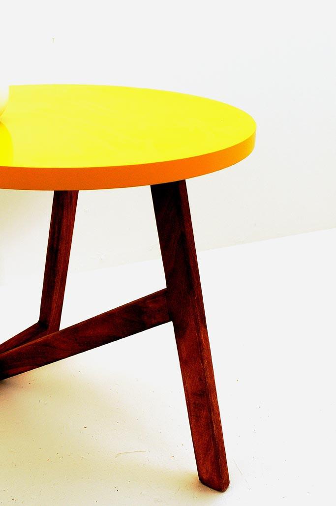 table basse jaune par baobab 115 00 meubles. Black Bedroom Furniture Sets. Home Design Ideas